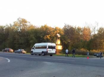 Вечернее маршрутное такси №241 угодило в ДТП на выезде из мк-на Черемушки