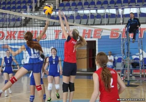 Турнир по волейболу «Осенняя звезда» в Рыбном выиграли девушки из Путятино