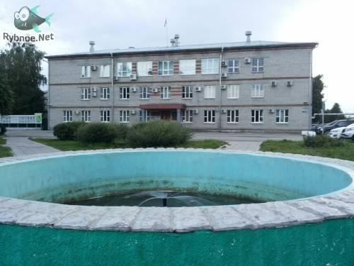 Молодежь Рыбного оценила фонтан в центре города