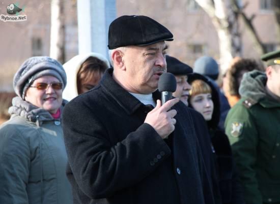 Владимир Зюба поздравляет рыбновцев с Новым 2015 годом и Рождеством Христовым!
