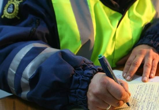 В Рыбном осудили водителя, пытавшегося дать взятку инспектору ГИБДД