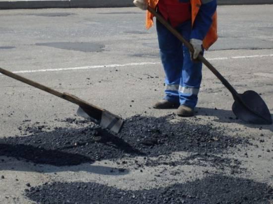 В Рыбновском районе ведутся работы по ремонту дорог