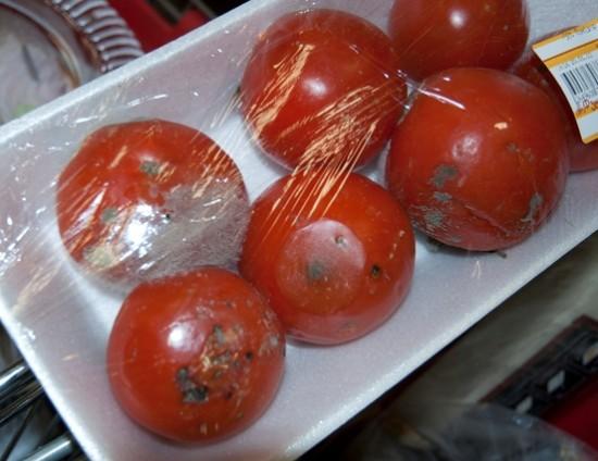Прокуратура в Рыбновском районе нашла просроченные продукты