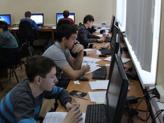 Школьники из Рыбного приняли участие в олимпиаде по информатике