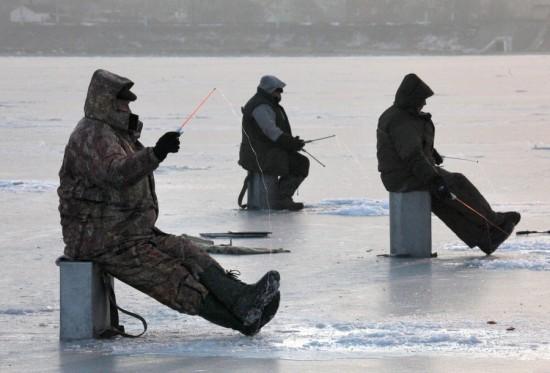 Правила зимней рыбалки выслушали рыбновцы