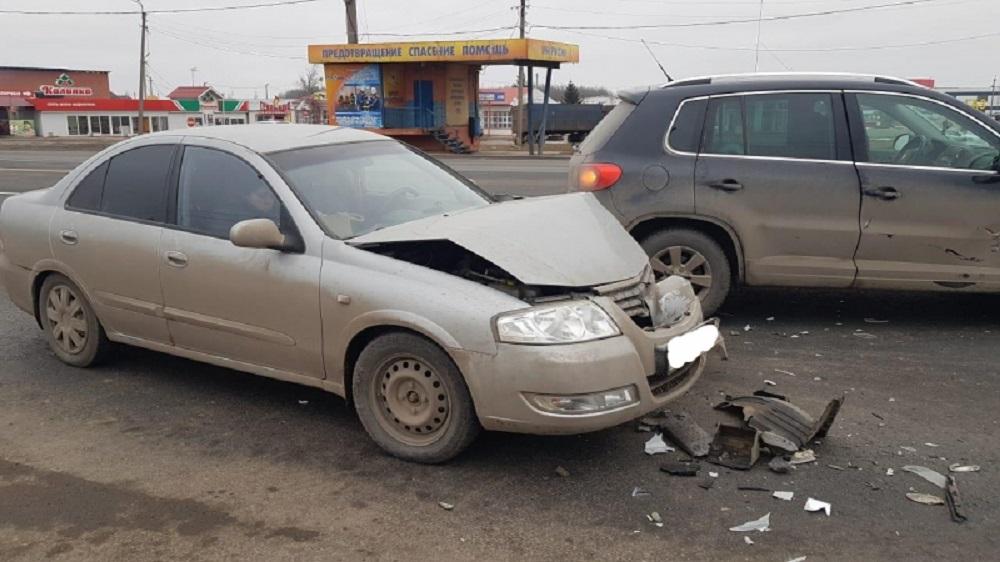В Рыбновском районе «Volkswagen Tiguan» врезался в «Nissan Almera»